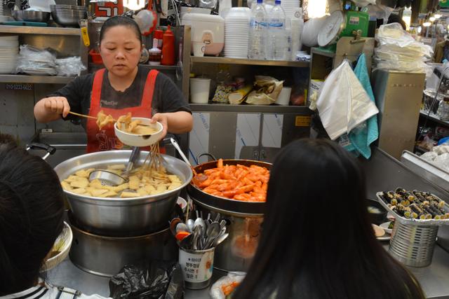 cibo-da-strada-odeng-tteokpokki